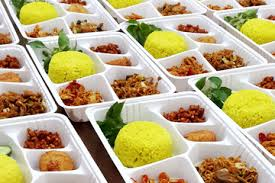 lunch catering places near me, mediterranean catering near me, meat catering near me, mobile catering near me